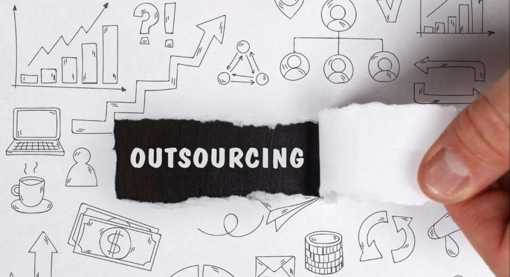 outsourcing działu marketingu w firmie czy własny dział